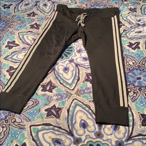 Gapfit black out capris